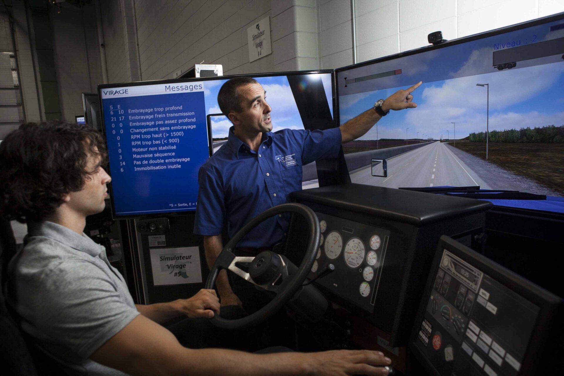 Simulateur de conduite de véhicules lourds