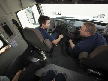 Cabine de tracteur adaptée pour les élèves du CFTC en Transport par camion.